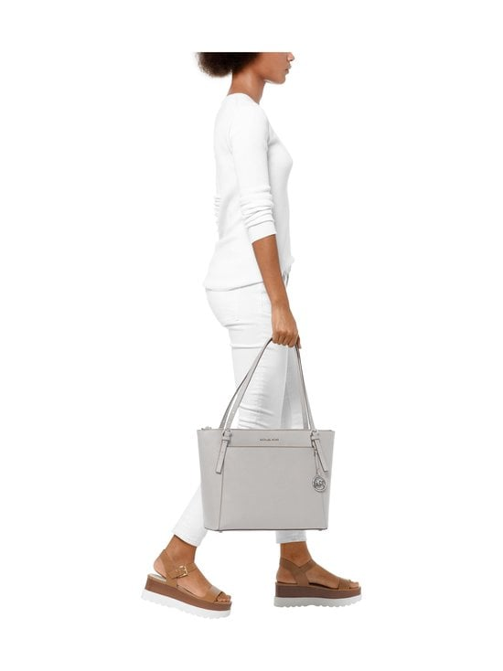 Michael Michael Kors - Voyager Tote -nahkalaukku - 081 PEARL GREY | Stockmann - photo 4