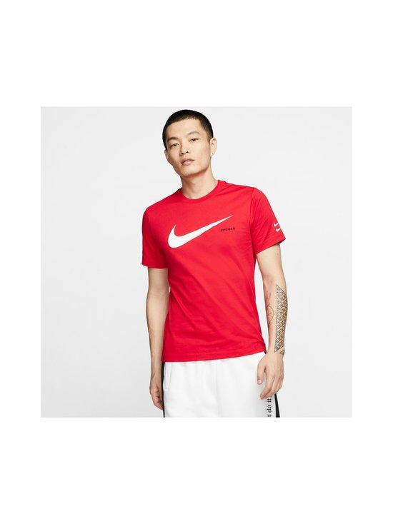 Nike - Swoosh Tee -paita - 657 UNIVERSITY RED/WHITE | Stockmann - photo 3