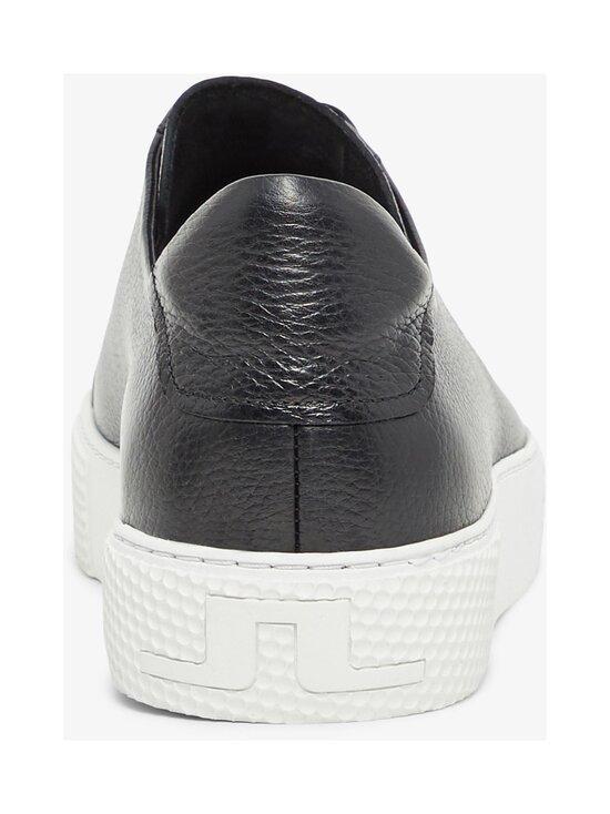 Signature-nahkasneakerit
