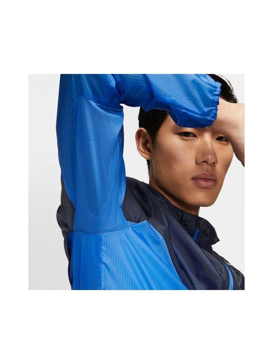 Nike - Windrunner-takki - PACIFIC BLUE/OBSIDIAN/REFLECTIVE SILV | Stockmann - photo 9