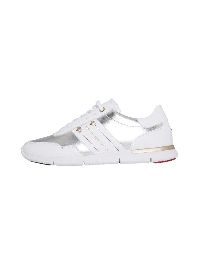 Skye-sneakerit