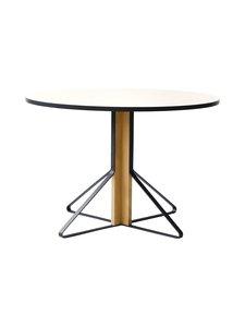 Artek - REB004 Kaari-pöytä, HPL - GLOSSY WHITE/NATURAL OAK (VALKOINEN/TAMMI)   Stockmann