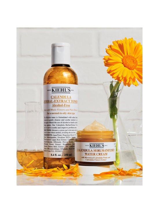 Kiehl's - Calendula Herbal Extract Alcohol Free Toner -rauhoittava kasvovesi normaalille tai rasvoittuvalle iholle 250 ml - null | Stockmann - photo 5