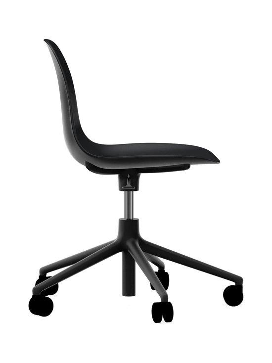 Normann Copenhagen - Form Swivel -tuoli - MUSTA/MUSTA   Stockmann - photo 2