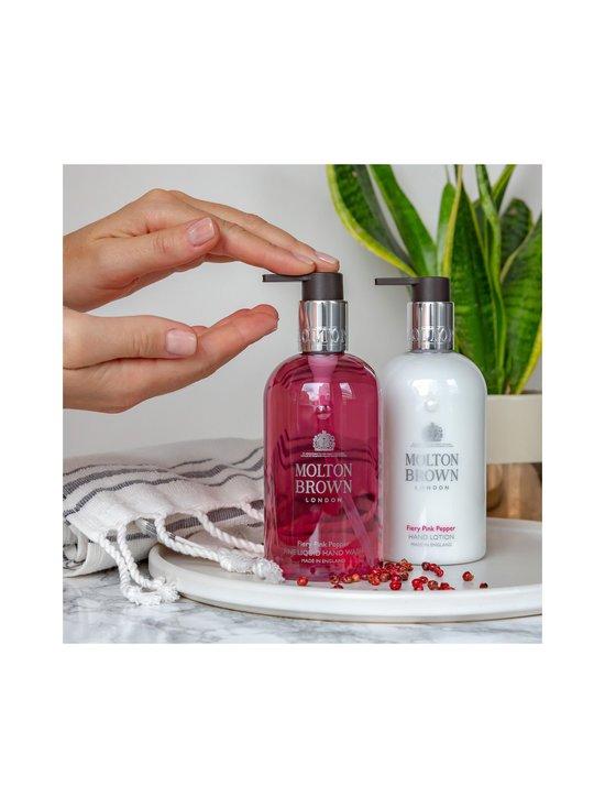 Molton Brown - Pink Pepper Hand Lotion -käsivoide 300 ml - NOCOL   Stockmann - photo 7