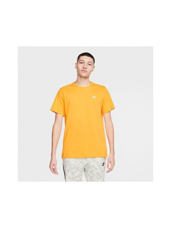 Nike - Sportswear Club -paita - 739 UNIVERSITY GOLD/WHITE | Stockmann - photo 4