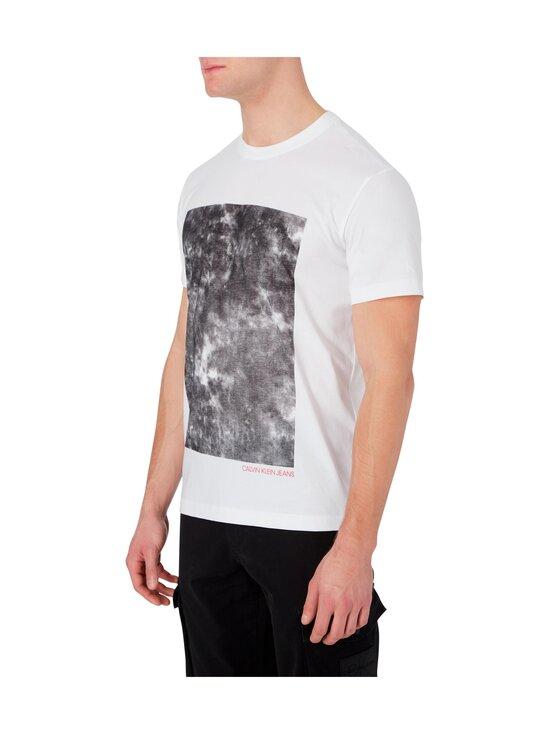 Calvin Klein Jeans - Cloud Photoprint Tee -paita - YAF BRIGHT WHITE   Stockmann - photo 5