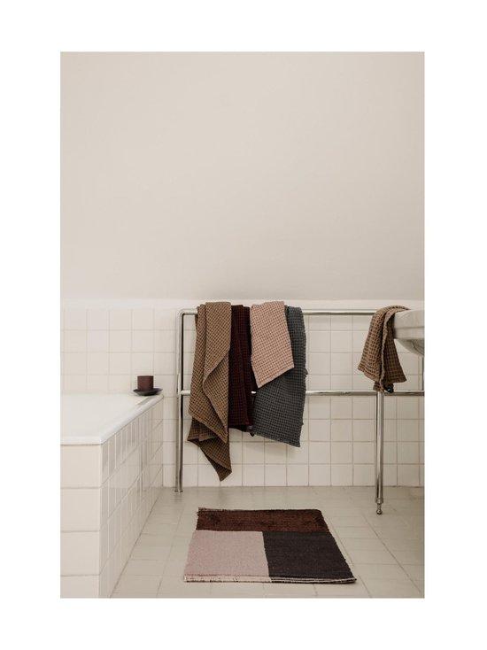 Ferm Living - Organic Bath Towel -kylpypyyhe 70 x 140 cm - DUSTY ROSE | Stockmann - photo 3
