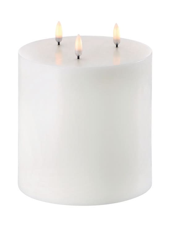 UYUNI - Triple Flame Pillar LED -pöytäkynttilä 15 x 15 cm - NORDIC WHITE | Stockmann - photo 1