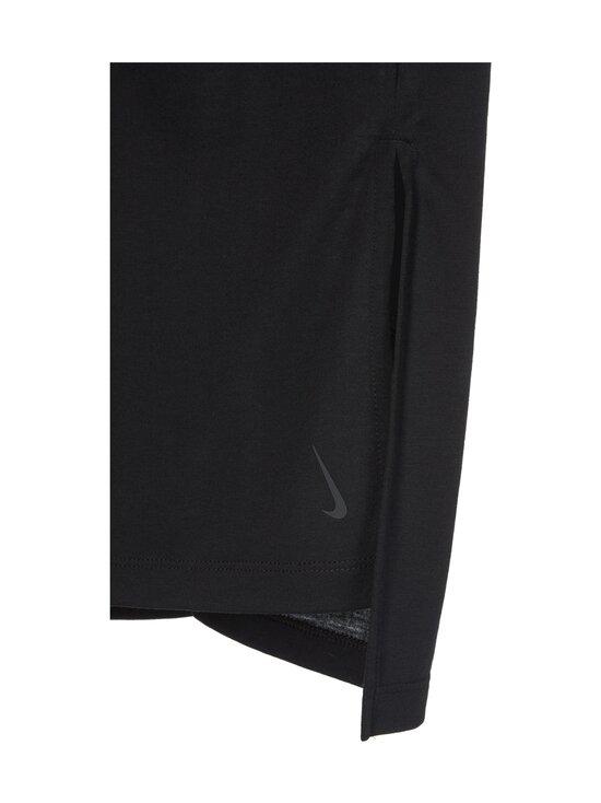 Nike - Yoga Dry Layer SS Top -paita - 010 BLACK/DK SMOKE GREY   Stockmann - photo 3