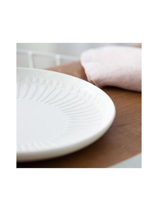 Villeroy & Boch - It's My Match Blossom -lautanen 24 cm - POWDER | Stockmann - photo 3