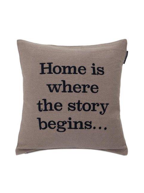 Embroidery Story Sham -tyynynpäällinen