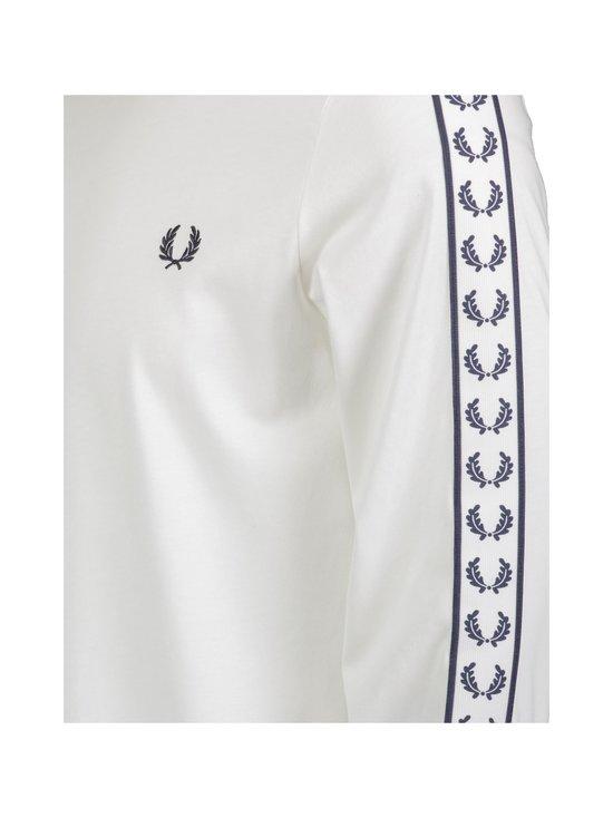 Fred Perry - Taped LS T-Shirt -paita - 129 SNOW WHITE | Stockmann - photo 2