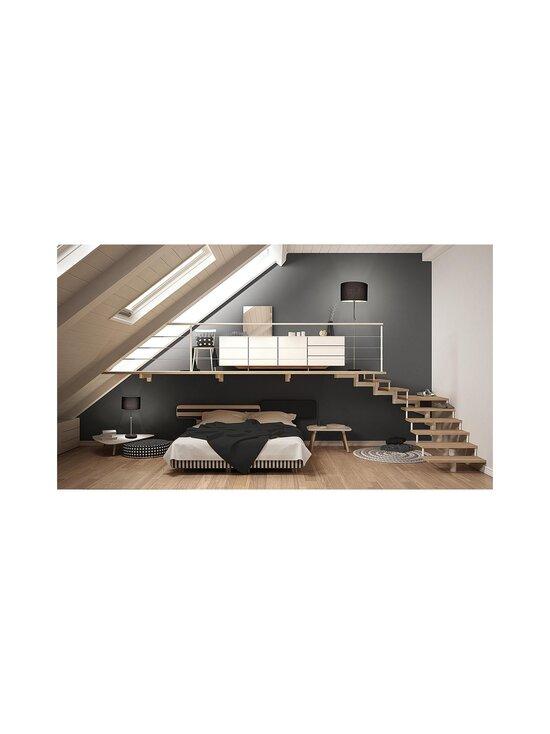 Design by Grönlund - Hitch-lattiavalaisin 50 x 160 cm - BLACK / ANTIQUE BRASS | Stockmann - photo 2