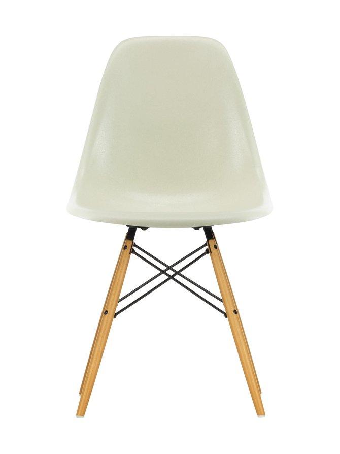 Eames DSW Fiberglass -tuoli