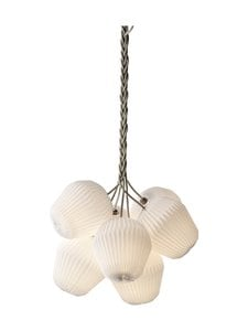 Le Klint - The Bouquet Chandelier 7 Medium -riippuvalaisin - WHITE | Stockmann