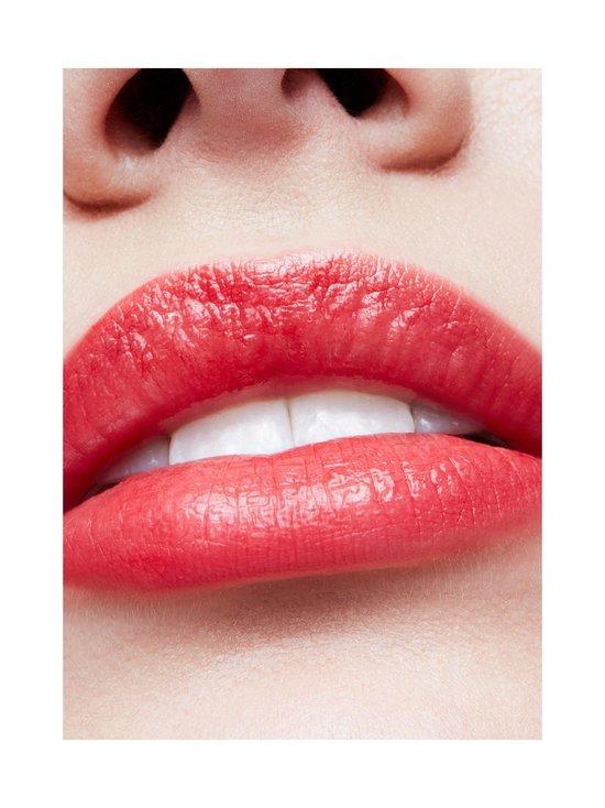 Lipstick-huulipuna