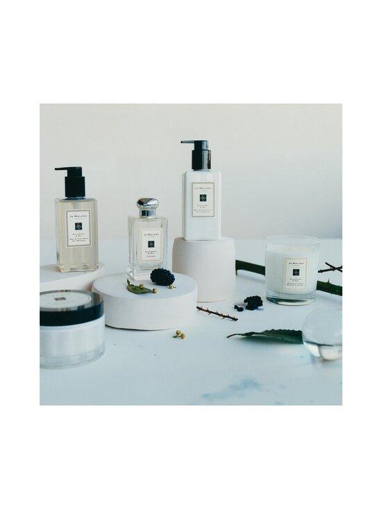 Jo Malone London - Blackberry & Bay Body & Hand Wash -nestesaippua 250 ml - NOCOL   Stockmann - photo 3
