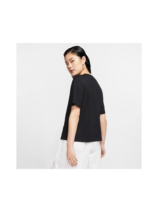 Nike - Essential-paita - 010 BLACK/WHITE | Stockmann - photo 4