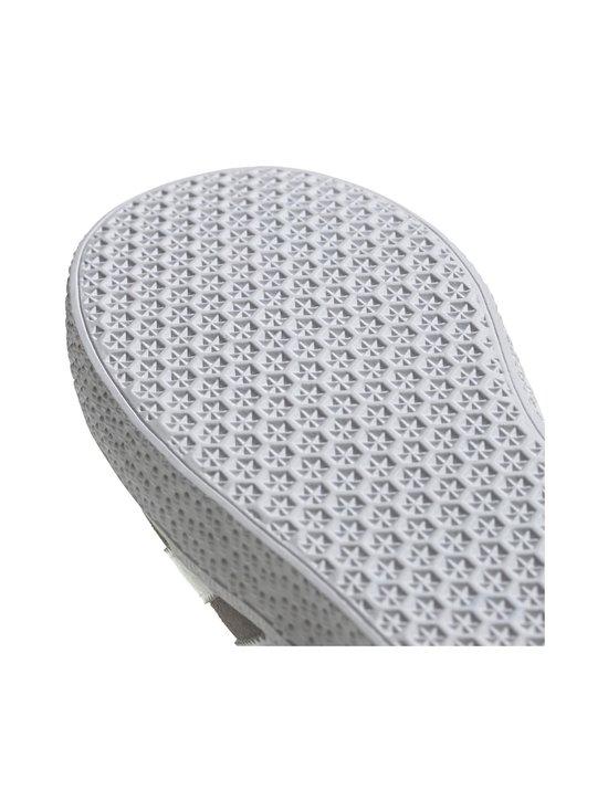 adidas Originals - Gazelle J -mokkanahkatennarit - GRETHR/FTWWHT/GOLDMT | Stockmann - photo 9