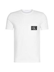 Calvin Klein Jeans - Monogram Badge Pocket Tee -paita - BRIGHT WHITE | Stockmann