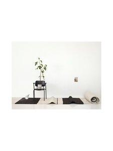 Sera Helsinki - Aava-villamatto 100 x 200 cm - BLACK/NATURAL WHITE (MUSTA/LUONNONVALKOINEN) | Stockmann
