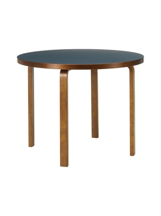 90A-pöytä