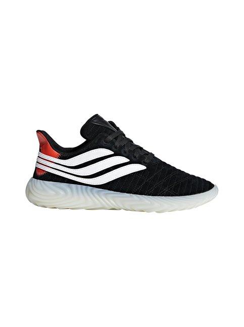 Sobakov-sneakerit
