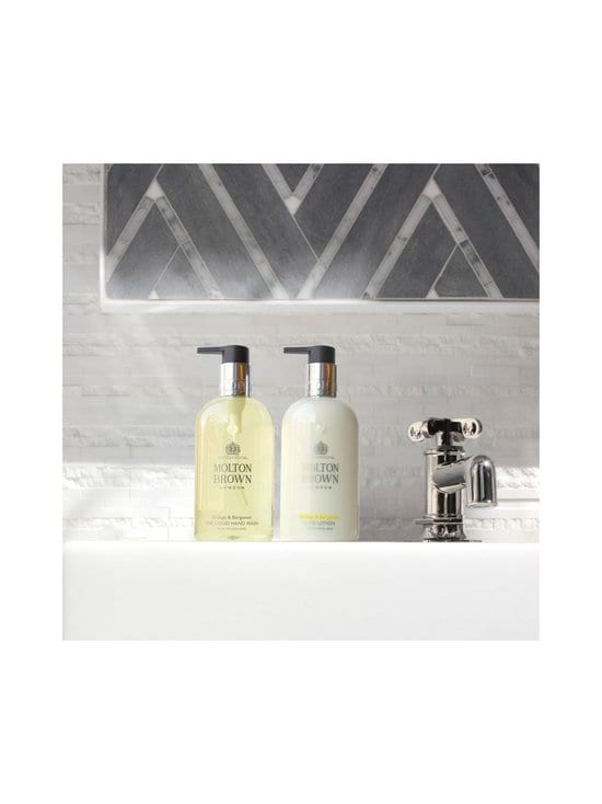 Molton Brown - Orange & Bergamot Hand Lotion -käsivoide 300 ml - NOCOL | Stockmann - photo 6