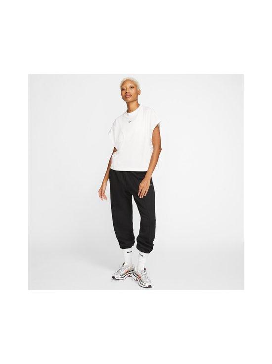 Nike - Essential-paita - 100 WHITE/BLACK | Stockmann - photo 6