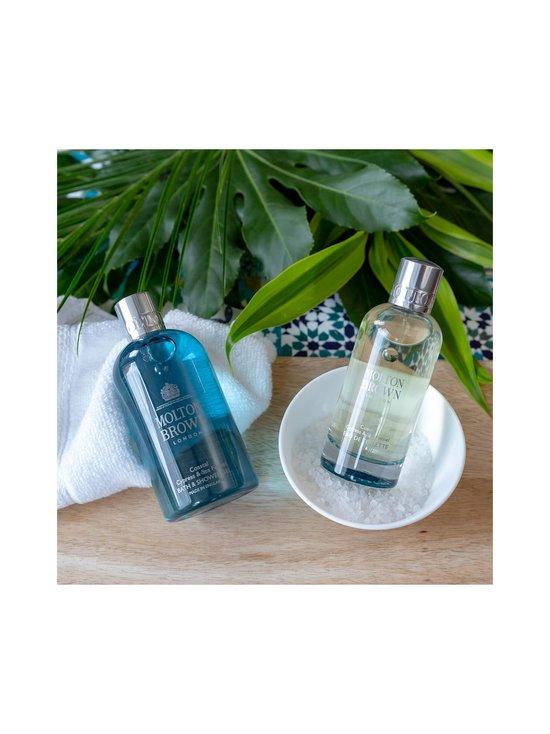Molton Brown - Coastal Cypress & Sea Fennel Bath & Shower Gel -suihkugeeli 300 ml - NO COL | Stockmann - photo 7