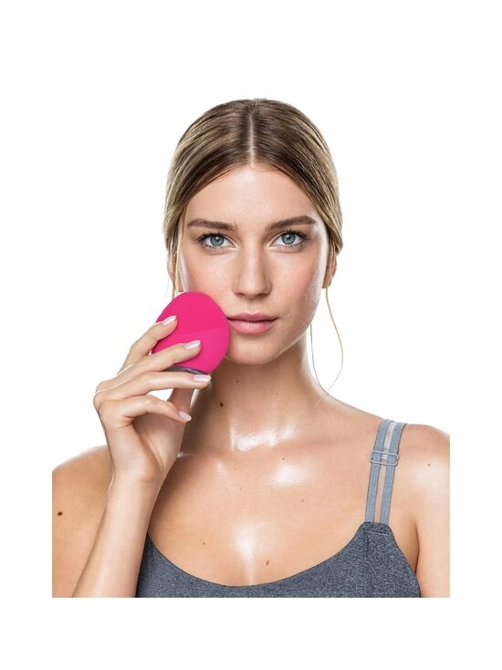 Foreo - LUNA™ mini 2 -syväpuhdistava ihonpuhdistuslaite - FUCHSIA | Stockmann - photo 4