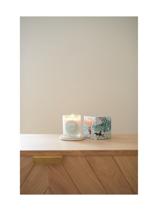 Moomin - Magic Meadow -tuoksukynttilä 8 x 9 cm - TURQUOISE | Stockmann - photo 2