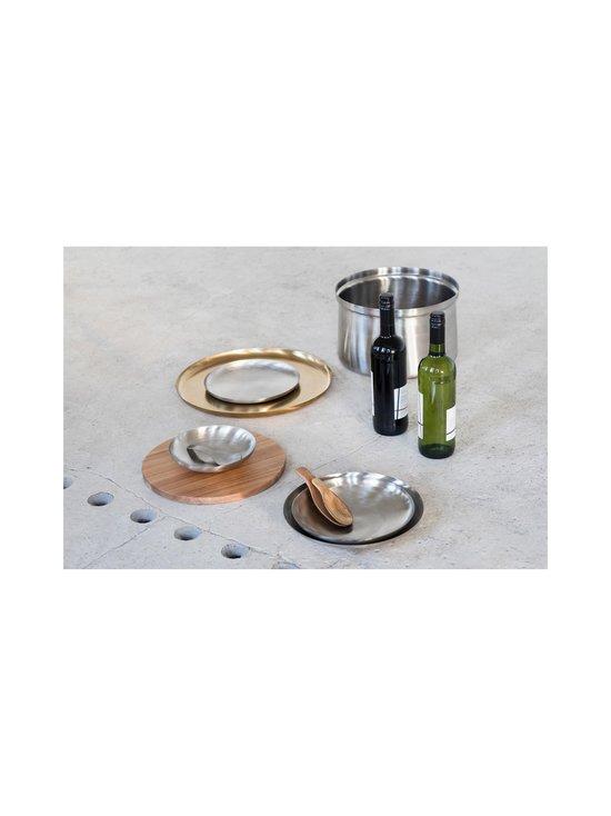 Serax - Table Accessories -tarjoilulautanen ⌀ 22 cm - STEEL   Stockmann - photo 2