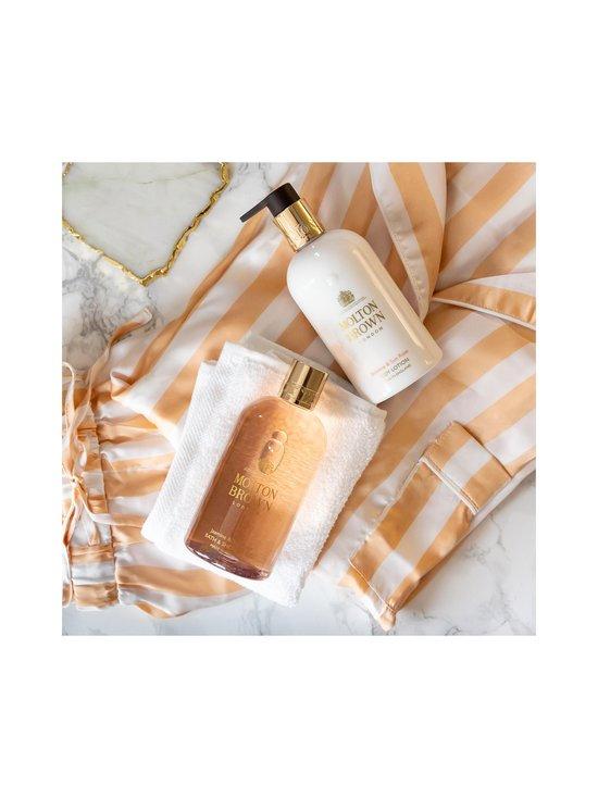 Molton Brown - Jasmine & Sun Rose Bath & Shower Gel -suihkugeeli 300 ml - NO COLOR   Stockmann - photo 6