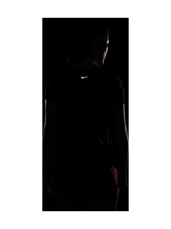 Nike - Swoosh Run -juoksupaita - BLACK/REFLECTIVE SILV | Stockmann - photo 5