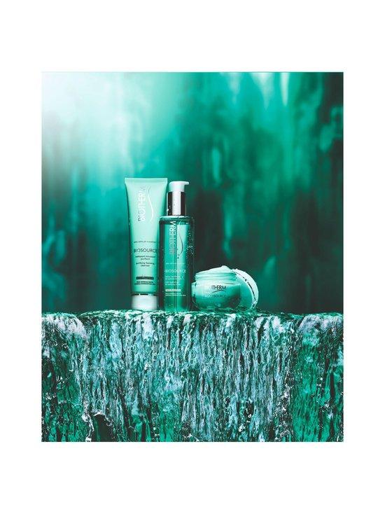 Biotherm - Biosource Purifying Cleasing Mousse -vaahtoava puhdistusvoide normaali- ja sekaiholle 150 ml   Stockmann - photo 3