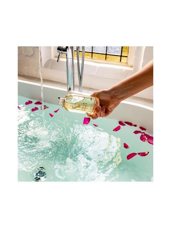Molton Brown - Jasmine & Sun Rose Bath Oil -kylpyöljy 200 ml - NOCOL   Stockmann - photo 9
