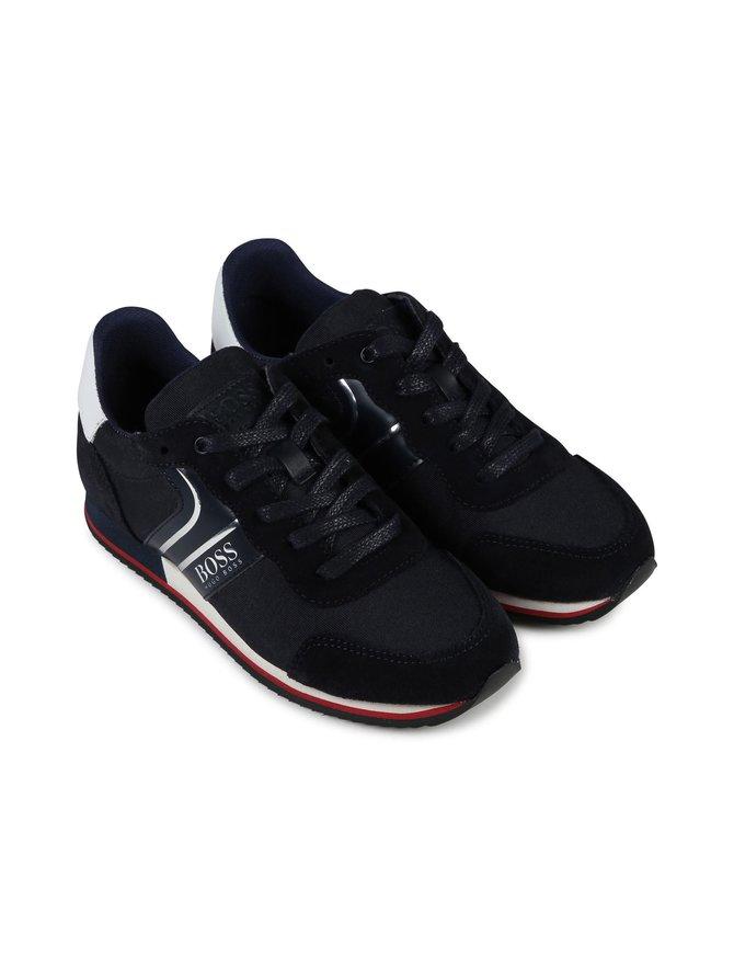 Sneakerit