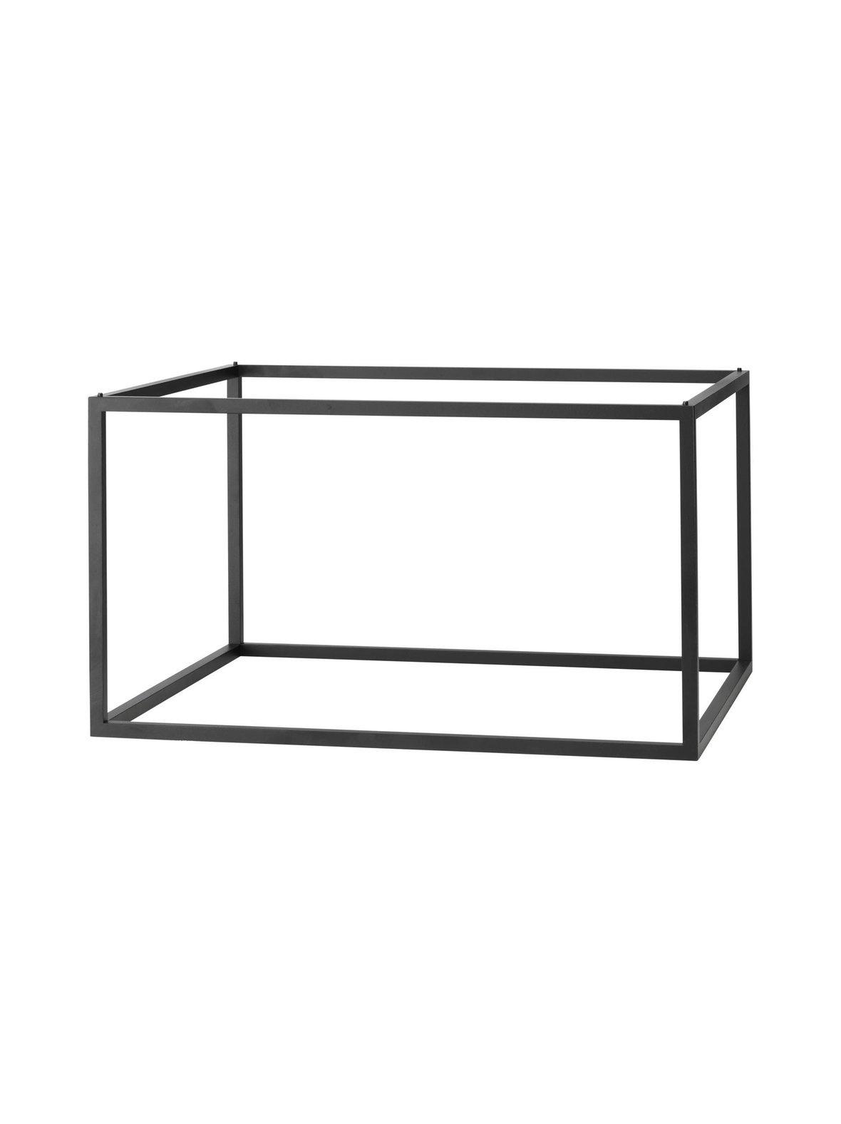 Frame 49 -laatikon alusta, by Lassen