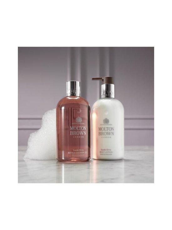 Molton Brown - Suede Orris Bath & Shower Gel -suihkugeeli 300 ml - NOCOL | Stockmann - photo 6