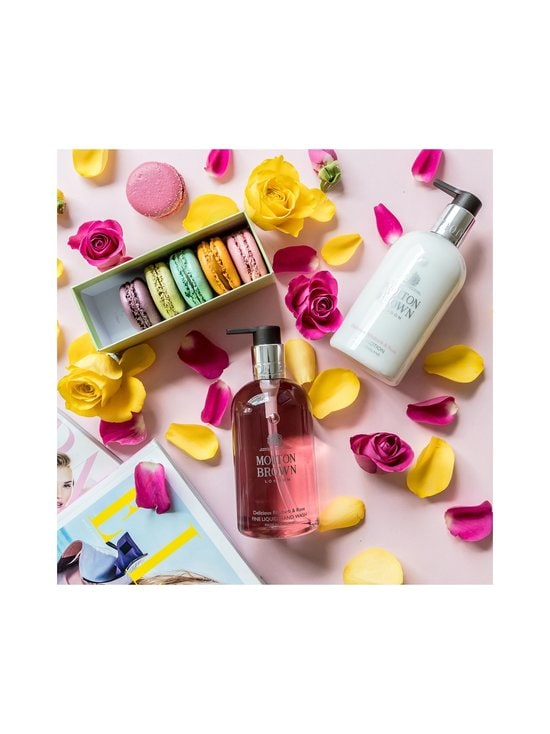 Molton Brown - Delicious Rhubarb & Rose Hand Lotion -käsivoide 300 ml - NOCOL | Stockmann - photo 5