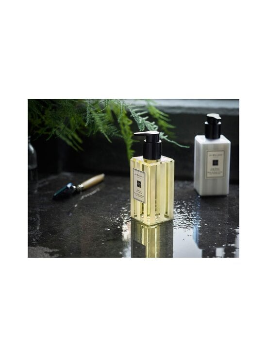 Jo Malone London - Amber & Lavender Body & Hand Wash -nestesaippua 250 ml - NOCOL | Stockmann - photo 3