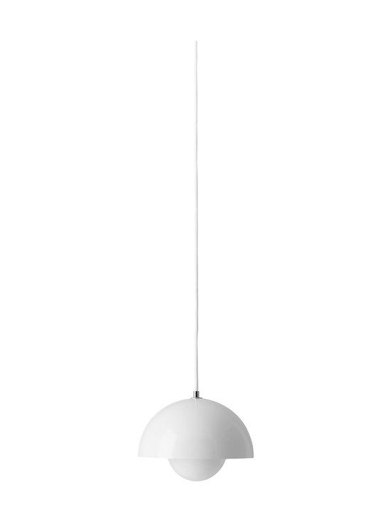 &tradition - Flowerpot VP1 -riippuvalaisin ø 23 cm - WHITE | Stockmann - photo 1