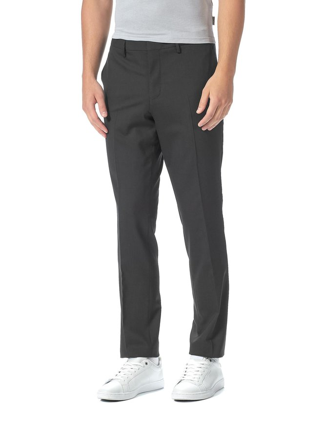 Tailored Slim Fit -housut
