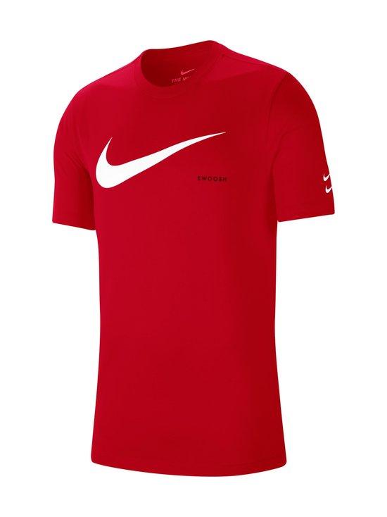 Nike - Swoosh Tee -paita - 657 UNIVERSITY RED/WHITE | Stockmann - photo 1