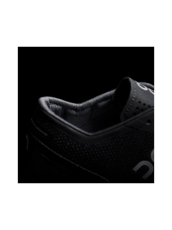 ON - W Cloud X -juoksukengät - BLACK/ASPHALT | Stockmann - photo 6