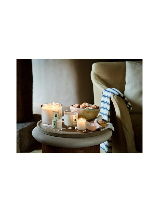 Jo Malone London - Sweet Almond & Macaroon Home Candle -tuoksukynttilä 200 g - NOCOL | Stockmann - photo 3