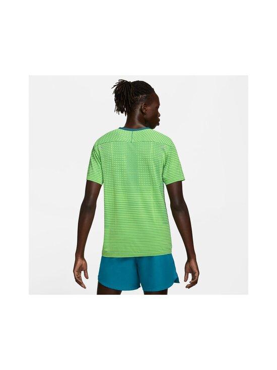Nike - TechKnit Ultra -treenipaita - 358 DARK TEAL GREEN/REFLECTIVE SILV | Stockmann - photo 4