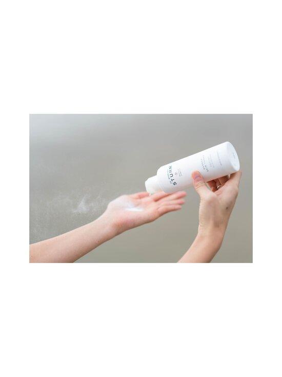 Dr. Barbara Sturm - Darker Skin Tones Enzyme Cleanser -puhdistusvaahto 75 ml - NOCOL   Stockmann - photo 5